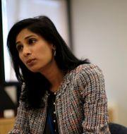 IMF:s chefsekonom Gita Gopinath.  JAMES LAWLER DUGGAN / TT NYHETSBYRÅN