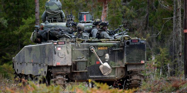 Stridsfordon 90, samma typ av fordon som var inblandad i olyckan där en kvinnlig soldat dog. Anders Wiklund/TT / TT NYHETSBYRÅN