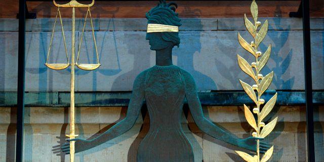 Justitia den grekiska rättvisegudinnan vid Stockholms tingsrätt.  JACK MIKRUT