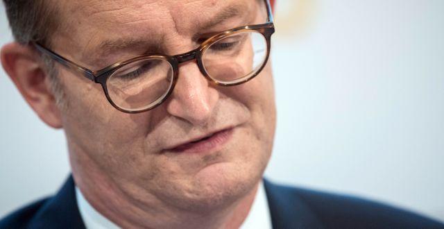 Arkivbild: Commerzbanks avgående vd Martin Zielke sa upp sig i juli efter kritik från en investerare.  Boris Roessler / TT NYHETSBYRÅN