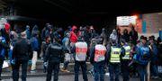 Polisen tömmer tältläger i Paris. Francois Mori / TT NYHETSBYRÅN