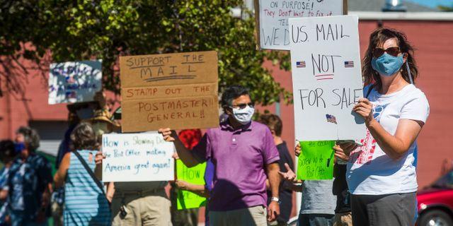 Protester mot att nedmonteringen av brelåvdor i USA Katy Kildee / TT NYHETSBYRÅN