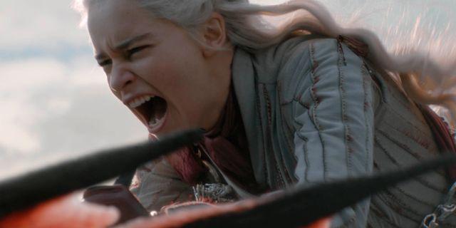 """Rollfiguren Daenerys i """"Game of thrones"""" spelas av Emilia Clarke. Helen Sloan / TT NYHETSBYRÅN"""