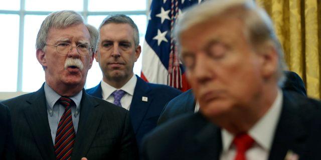 John Bolton i Ovala rummet med Donald Trump LEAH MILLIS / TT NYHETSBYRÅN