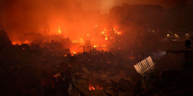 Branden i Bangladesh. MahmudHossainOpu / TT NYHETSBYRÅN/ NTB Scanpix