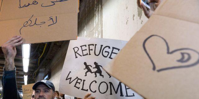 Bussbolag tjanar pa flyktingkrisen