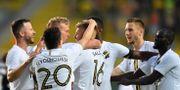 AIK firar vinsten mot FC Sheriff. ALEX NICODIM / BILDBYRÅN