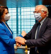Belarus oppositionsledare Svetlana Tichanovskaja och EU:s utrikeschef Josep Borell. Johanna Geron / TT NYHETSBYRÅN