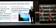 Benjamin Netanyahu under sin presentation. JACK GUEZ / AFP