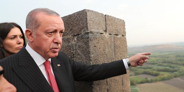 Turkiets president Recep Tayyip Erdogan under ett besök i Diyarbakir 2018.  TT NYHETSBYRÅN