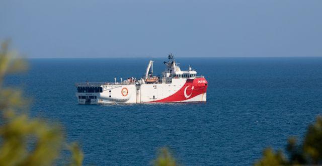 Arkivbild: Oruc Reis för ankar utanför Antalya i helgen.  Burhan Ozbilici / TT NYHETSBYRÅN