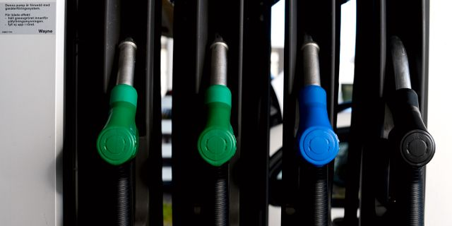 Irakkris hojer bensinpriset