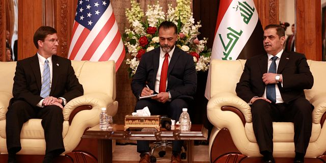 Najah al-Shammari, till höger.  Hadi Mizban / TT NYHETSBYRÅN