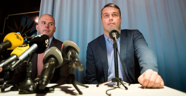 Östersunds tidigare ordförande Daniel Kindberg (th) tillsammans med sin advokat Olle Kullinger under en pressträff angående hans fängelsedom den 5 november 2019 i Stockholm. JOHANNA LUNDBERG / BILDBYRÅN