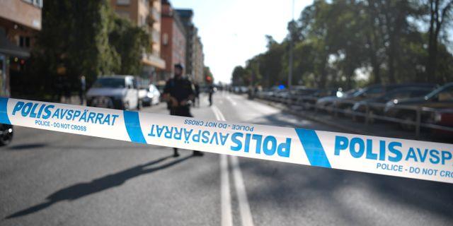 Polisavspärrningar på Norr Mälarstrand.  Pontus Lundahl/TT / TT NYHETSBYRÅN
