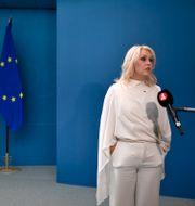 Lena Hallengren (S), socialminister, på pressträff om granskning av vården på äldreboenden under Covid-19 Ali Lorestani/TT / TT NYHETSBYRÅN