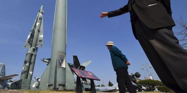 Nordkorea valkomnar experter vid uppskjutning