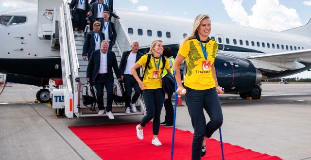 Fridolina Rolfö på kryckor efter sommaren s VM  MICHAEL ERICHSEN / BILDBYRÅN