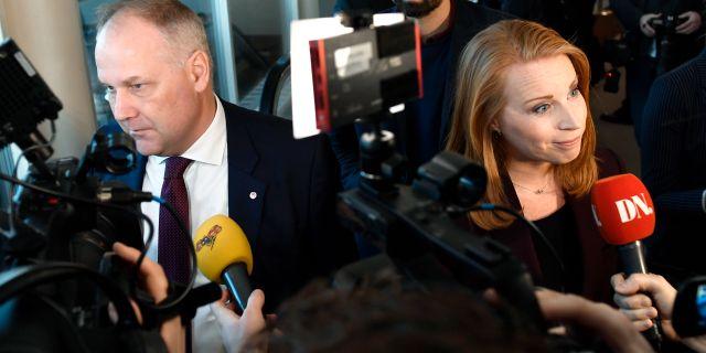Jonas Sjöstedt (V) och Annie Lööf (C). Stina Stjernkvist/TT / TT NYHETSBYRÅN
