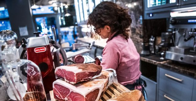 Illustrationsbild. Restaurangbranschen har har tuffa dagar. Tomas Oneborg/SvD/TT / TT NYHETSBYRÅN