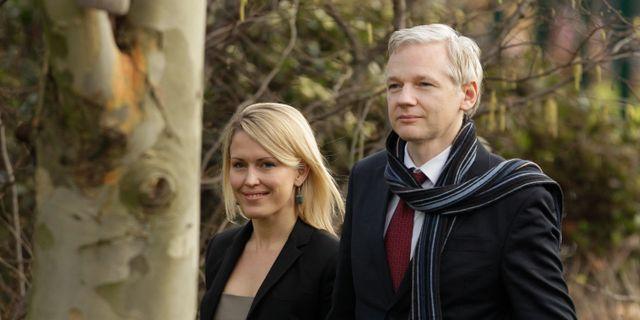Robinson och Assange. Arkiv från 2011. Matt Dunham / TT NYHETSBYRÅN