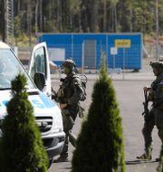 Polisinsatsen vid Hällbyanstalten. Per Karlsson/TT / TT NYHETSBYRÅN