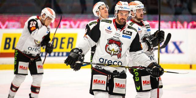 Malmö-spelarna deppar. ANDREAS SANDSTRÖM / BILDBYRÅN