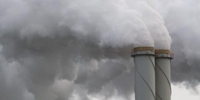 Arkivbild: Utsläpp från industri.  FRED ERNST / TT NYHETSBYRÅN