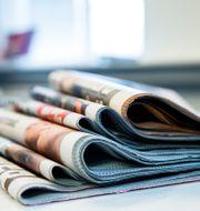En hög med dagstidningar. Illustrationsbild.  Roald, Berit / TT NYHETSBYRÅN