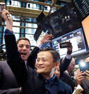 Arkivbild: Alibaba-grundaren Jack Ma vid Wall Street-noteringen av Alibaba 2014.  Mark Lennihan / TT NYHETSBYRÅN
