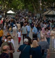 La Rambla i Barcelona på lördagskvällen.  Emilio Morenatti / TT NYHETSBYRÅN
