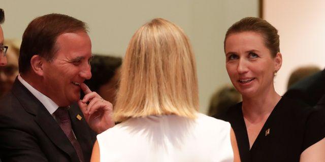 Löfven och Frederiksen under ett möte i juni. Olivier Hoslet / TT NYHETSBYRÅN