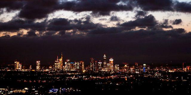 Mörka moln över Frankfurts Bankenviertel Michael Probst / TT / NTB Scanpix