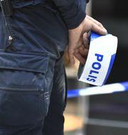 Polisavspärrningar.  Claudio Bresciani/TT / TT NYHETSBYRÅN