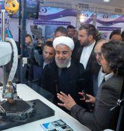 """Hassan Rouhani på """"Nationella kärnenergidagen"""" i Teheran.  TT NYHETSBYRÅN"""