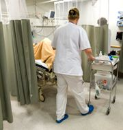 Provtagning av patient på akutmottagningen på Danderyds sjukhus.  Bertil Ericson / TT / TT NYHETSBYRÅN