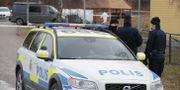 Polisen arbetar på brottsplatsen. Christine Olsson/TT / TT NYHETSBYRÅN