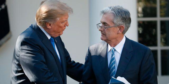Donald Trump och Fed-chefen Jerome Powell. Alex Brandon / TT NYHETSBYRÅN