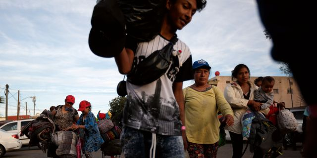 Migranter från El Salvador. Illustrationsbild. Gregory Bull / TT NYHETSBYRÅN