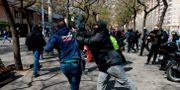 Katalansk separatist och Vox-anhängare i Barcelona. JOSEP LAGO / AFP