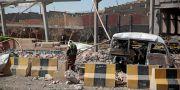 Förödelse efter en tidigare attack i Jemens största stad Sanaa. Hani Mohammed / TT / NTB Scanpix