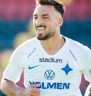 IFK Norrköpings Sead Haksabanovic jublar efter sitt mål mot Östersund i slutet av juni. JOHAN AXELSSON / BILDBYRÅN