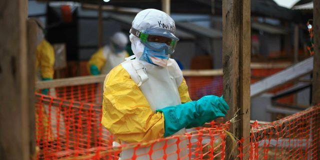 Ebolaarbetare i Kongo-Kinshasa. Al-hadji Kudra Maliro / TT NYHETSBYRÅN/ NTB Scanpix