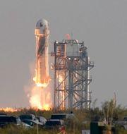 Raketen lyfter. Tony Gutierrez / TT NYHETSBYRÅN