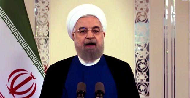 """Irans president Hassan Rouhani skrädde inte orden under ett tv-sänt tal på lördagen. """"Måltavlan för det iranska folkets förbannelser och hat är Vita huset"""", sa han bland annat, enligt Reuters.  TT NYHETSBYRÅN"""