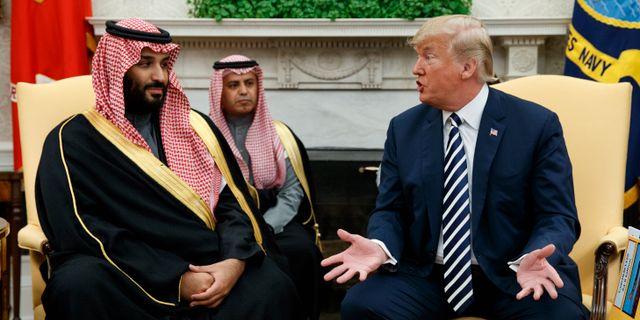 Mohammed bin Salman och Donald Trump i Vita huset i mars 2018. Evan Vucci / TT NYHETSBYRÅN/ NTB Scanpix