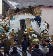 Planet kraschade in i en byggnad. HO / Kazakhstan's emergencies committ
