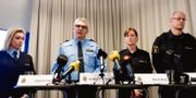 Linda H Staaf, chef för underrättelsenheten på NOA, rikspolischef Anders Thornberg, Marie Berg, chef för nationella bombskyddet, och Mats Löfving, chef för NOA, Stina Stjernkvist/TT / TT NYHETSBYRÅN