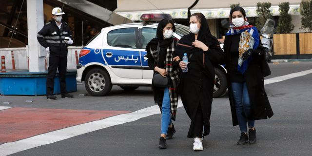 Bild från Irans huvudstad Teheran i dag. Ebrahim Noroozi / TT NYHETSBYRÅN