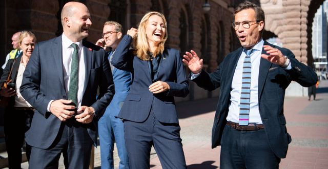 KD-ledaren Ebba Busch och M-ledaren Ulf Kristersson när Danmarks tidigare justitieminister Søren Pape Poulsen besökte Sverige tidigare i september. Amir Nabizadeh/TT / TT NYHETSBYRÅN